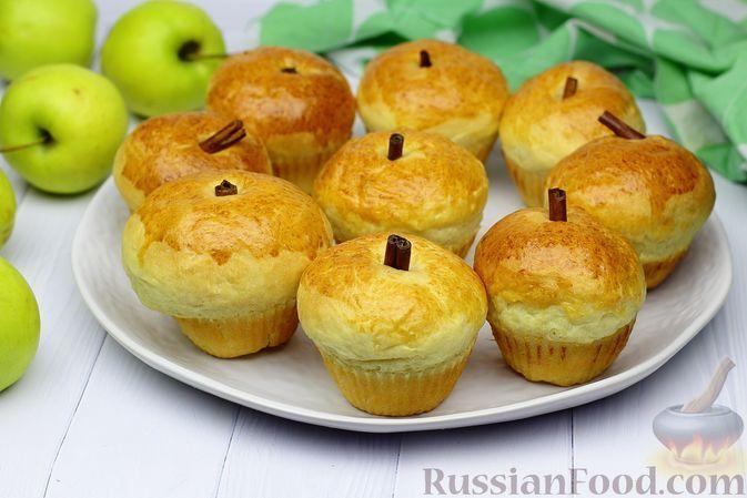 Фото к рецепту: Творожные булочки с яблоками, корицей и цедрой апельсина