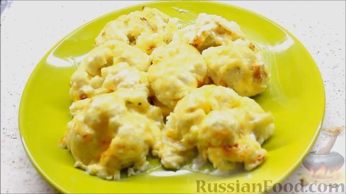 Фото к рецепту: Цветная капуста под соусом бешамель
