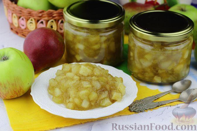 Фото к рецепту: Яблочно-грушевое варенье с корицей (в сковороде)