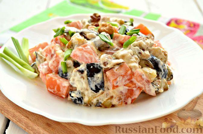 Фото к рецепту: Салат с баклажанами