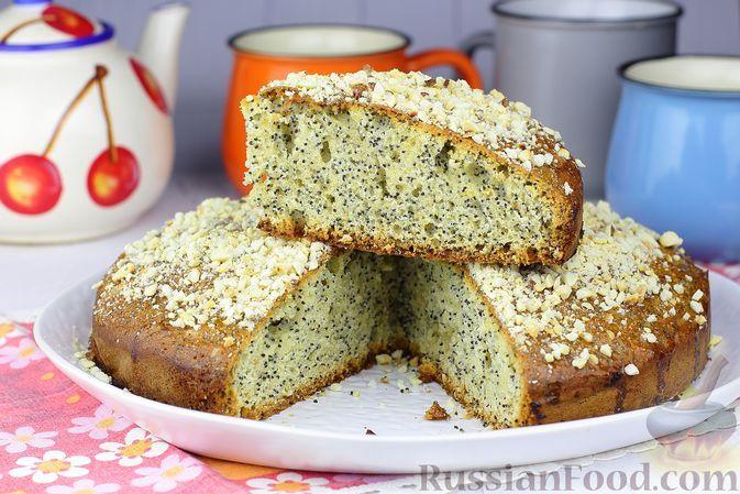 Фото к рецепту: Маковый пирог на молоке, с мёдом и орехами