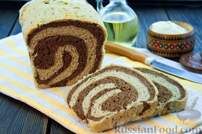 Фото к рецепту: Мраморный пшенично-ржаной хлеб