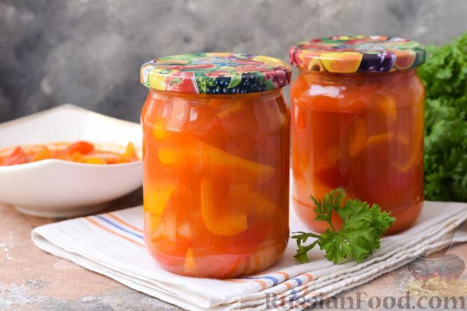 Фото к рецепту: Болгарский перец в томатном соке (на зиму)