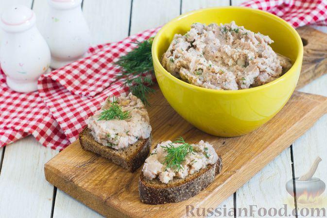 Фото к рецепту: Фасолевый паштет с грецкими орехами