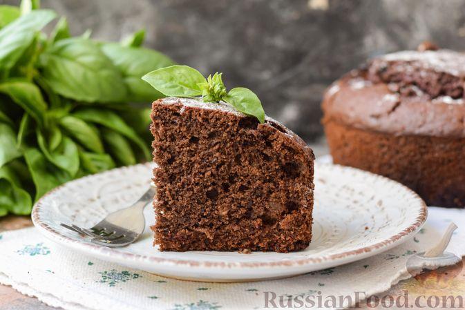 Фото к рецепту: Шоколадно-свекольный пирог