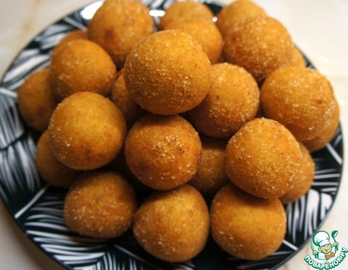 Рецепт: Хрустящие картофельные шарики с сыром