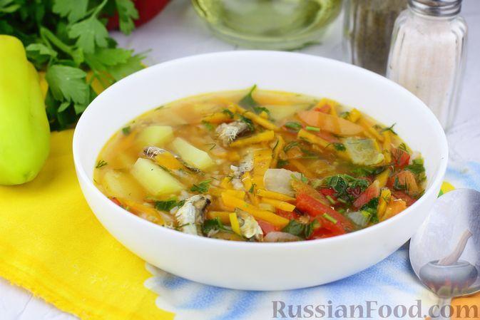 Фото к рецепту: Суп с килькой в томате, рисом, помидорами и сладким перцем