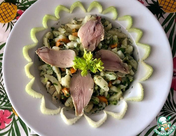 Рецепт: Картофельный салат с сельдереем и курицей