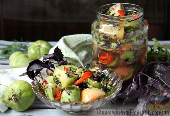 Фото к рецепту: Маринованные зелёные помидоры с болгарским перцем