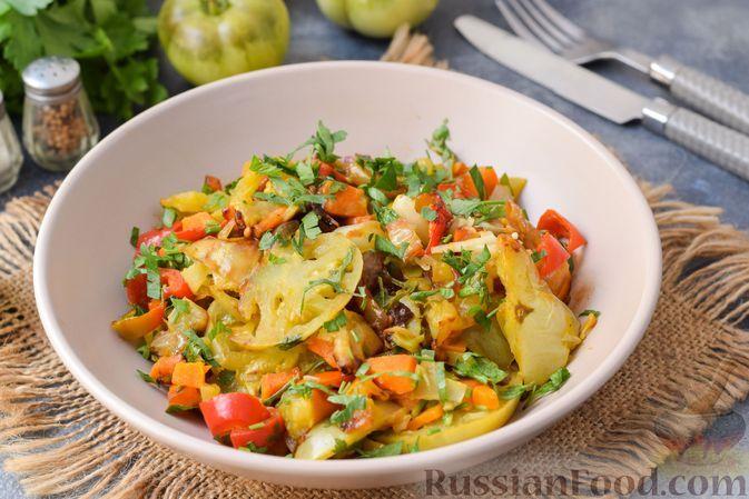 Фото к рецепту: Тушёные зелёные помидоры