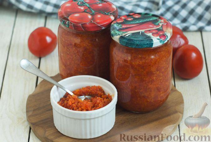 Фото к рецепту: Томатно-морковная икра на зиму