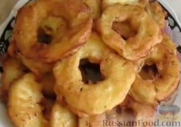 Фото к рецепту: Яблоки в кляре