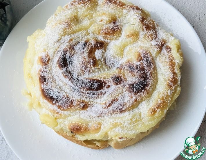 Рецепт: Яблочный пирог-торт с заварным кремом без масла