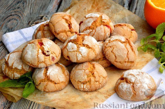 Фото к рецепту: Апельсиновое песочное печенье с клюквой