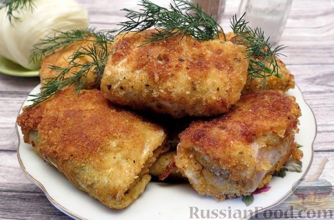 Фото к рецепту: Жареные капустные рулетики с ветчиной и сыром