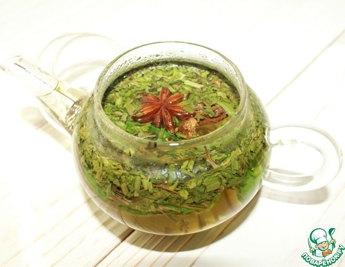 Рецепт: Чай с тархуном, имбирем и бадьяном
