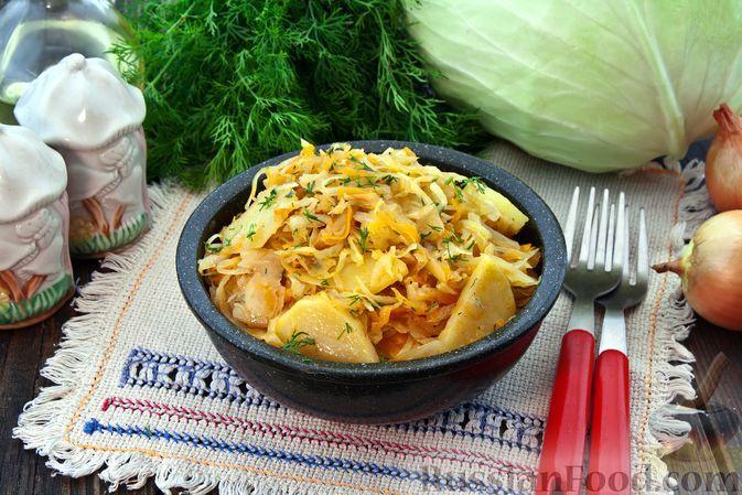 Фото к рецепту: Овощное рагу с капустой и картофелем