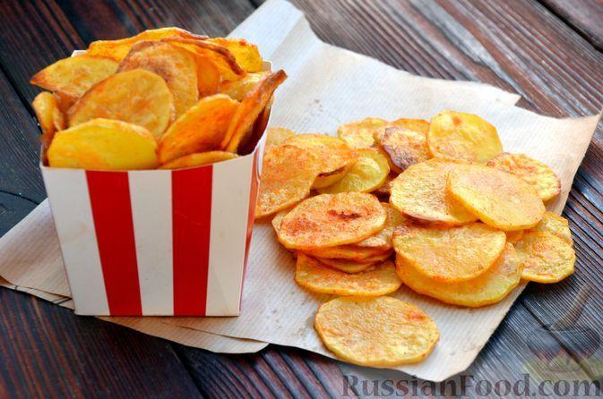 Фото к рецепту: Домашние картофельные чипсы (в духовке)