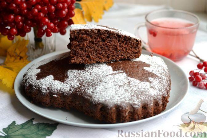 Фото к рецепту: Шоколадный пирог на сметане